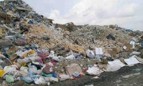 Προσωρινή λύση για τη μεταφορά απορριμμάτων από τα νησιά του Αργοσαρωνικού