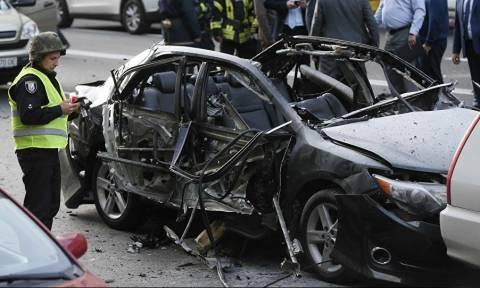 Έκρηξη παγιδευμένου οχήματος στο Κίεβο - Πληροφορίες για έναν νεκρό (vid)