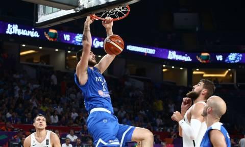 Ευρωμπάσκετ 2017: Αυτή είναι η φωτογραφία από το Λιθουανία-Ελλάδα που τα... σπάει! (pic)