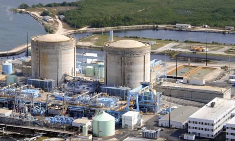 «Κόκκινος» συναγερμός: Ο τυφώνας Ίρμα απειλεί τα πυρηνικά εργοστάσια στη Φλόριντα