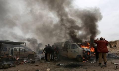 Νέο «λουτρό» αίματος στη Συρία: Νεκροί 34 άμαχοι από βομβαρδισμούς - Ανάμεσά τους πολλά παιδιά