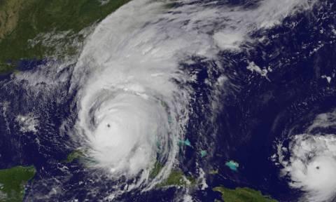 Κυκλώνας Ίρμα: Σε κατάσταση μείζονος φυσικής καταστροφής κήρυξε τη Φλόριντα ο Τραμπ (pics+vid)