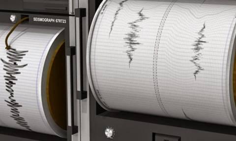Σεισμός ΤΩΡΑ κοντά στο Καρπενήσι