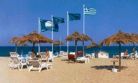 Ποιες είναι οι 19 ελληνικές ακτές που τους αφαιρέθηκε η «Γαλάζια Σημαία»