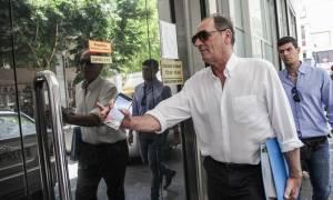 Σταθάκης για εργαζόμενους ElDorado: Να απευθυνθούν στην εταιρεία