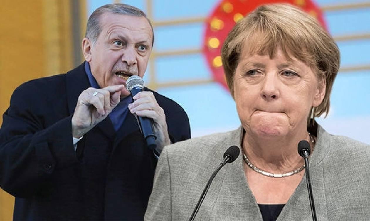 Γερμανία: Η διπλωματική ένταση με την Τουρκία στο επίκεντρο του προεκλογικού αγώνα της Μέρκελ