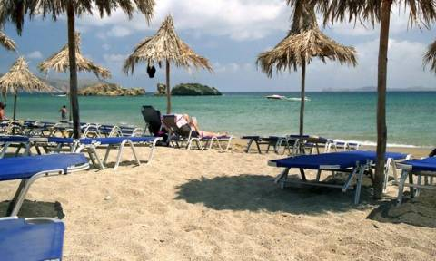 Σοκ: Βρέθηκε νεκρός άντρας σε παραλία