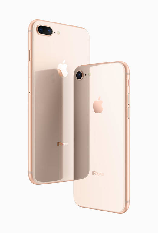 iPhone Χ και iPhone 8: Οι τιμές και όλα όσα πρέπει να ξέρετε για τα νέα κινητά της Apple (pics+vid)