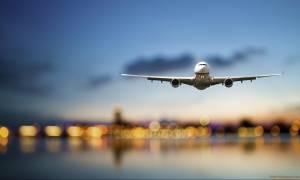 «Καταρρέει» γνωστή αεροπορική εταιρεία: Δεκάδες πτήσεις ακυρώνονται για δεύτερη συνεχόμενη ημέρα