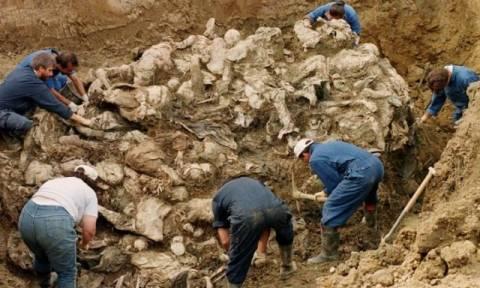 Φρίκη στη Βοσνία: Ανακαλύφθηκαν ομαδικοί τάφοι