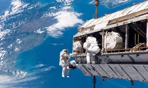 Σενάριο τρόμου: Μεταλλαγμένα βακτήρια απειλούν τους αστροναύτες του Διεθνή Διαστημικού Σταθμού
