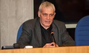 Τσιρώνης όπως... Πάγκαλος: Την ευθύνη για την πετρελαιοκηλίδα την έχει η κοινωνία