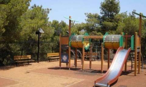 Αναβαθμίζονται 14 παιδικές χαρές του Δήμου Κορυδαλλού