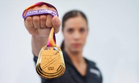 Κατερίνα Στεφανίδη: Η backstage φωτογράφιση της υπερ-πρωταθλήτριας και η σημασία της στήριξης