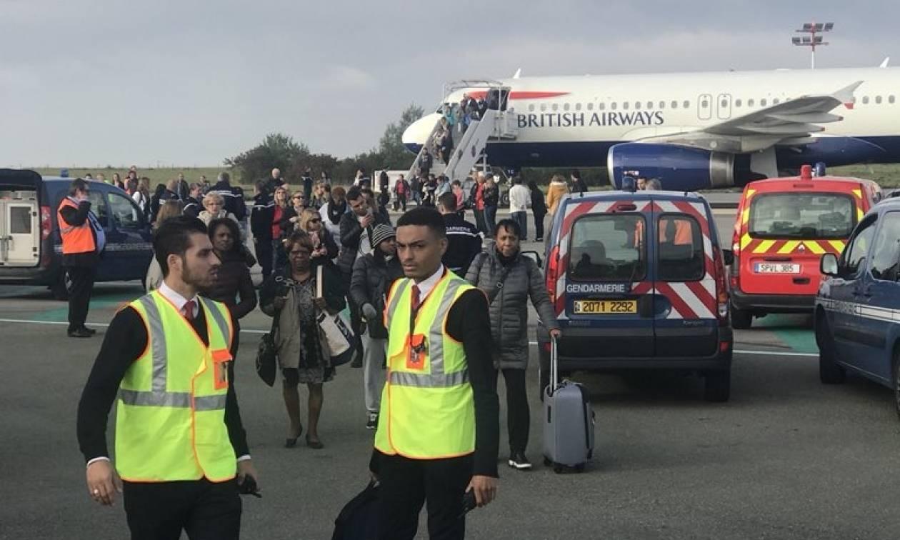 Συναγερμός στο Παρίσι: Εκκενώθηκε αεροσκάφος της British Airways (Pics+Vid)