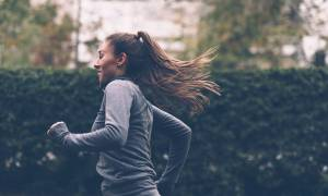 Πόσο νερό πρέπει να πίνετε όταν κάνετε γυμναστική