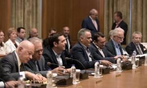 Συνεδριάζει το υπουργικό συμβούλιο με φόντο τη μόλυνση του Σαρωνικού και τις επενδύσεις