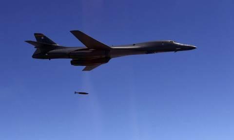 Τύμπανα πολέμου: «Αόρατα» βομβαρδιστικά των ΗΠΑ στον ουρανό της κορεατικής χερσονήσου (Vid)
