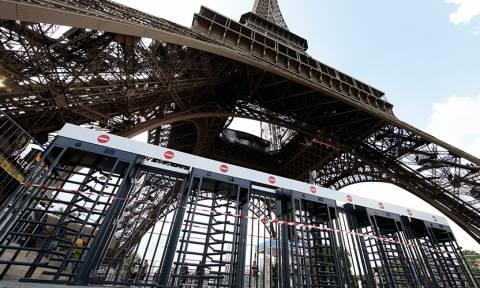 Γαλλία: Ο Πύργος του Άιφελ γίνεται... αλεξίσφαιρος! (pics)