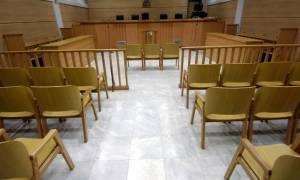 Υπόθεση Μαυρίκου: Ελεύθεροι όλοι οι κατηγορούμενοι για τις παράνομες διαφημιστικές δαπάνες