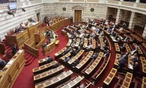 Στη Βουλή η τροπολογία για την αξιολόγηση δημοσίων υπαλλήλων