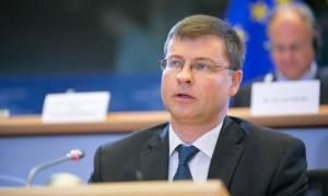 Τρίτη αξιολόγηση - Ντομπρόβσκις: Σημαντικό να πετύχει η Ελλάδα πλεόνασμα στο 3,5% του ΑΕΠ