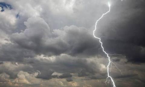 Καιρός: Επιδείνωση και πτώση της θερμοκρασίας – Πού θα βρέξει τις επόμενες ώρες