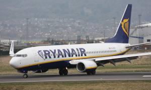 Ryanair: Ακυρώνει χιλιάδες πτήσεις – Οργή από το επιβατικό κοινό
