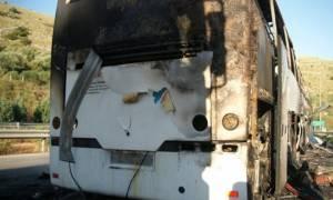 Θεσσαλονίκη: Σχολικό λεωφορείο τυλίχθηκε στις φλόγες
