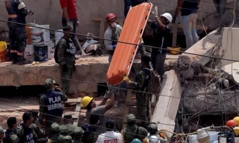 Σεισμός Μεξικό - Ανατροπή: Δεν αγνοείται κοριτσάκι στο σχολείο, αλλά ένας ενήλικας