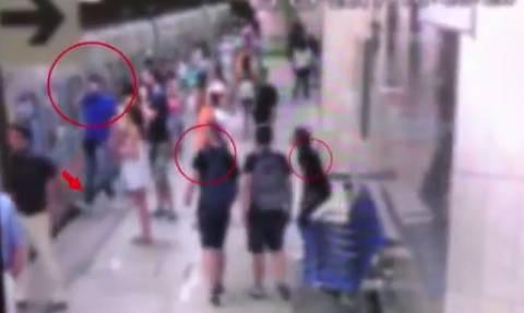 Αποκαλυπτικό βίντεο: Έτσι «χτυπούσαν» οι πορτοφολάδες στο Μετρό – Καρέ-καρέ η δράση τους