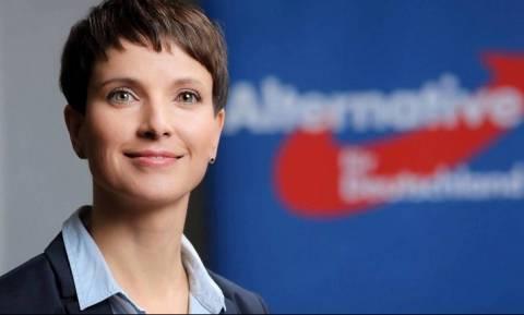 Γερμανία Εκλογές: Με μια φράση του Γκάντι πανηγυρίζει για την άνοδο του ακροδεξιού AfD η Πέτρι