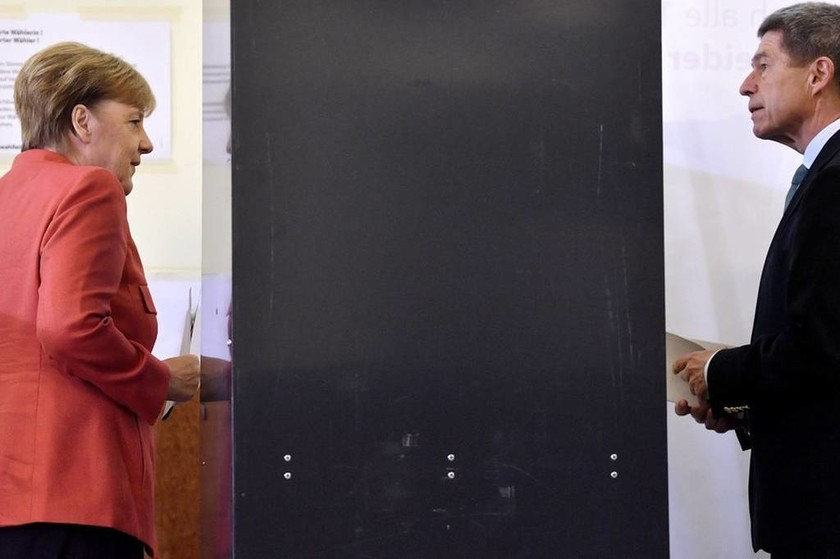 Γερμανικές Εκλογές: Πικρή νίκη για τη Μέρκελ - Σοκ για την Ευρώπη ο «θρίαμβος» του AfD