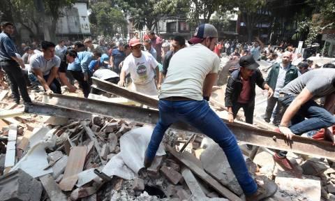 Σεισμός Μεξικό: Συνεχίζονται οι έρευνες για τον εντοπισμό επιζώντων