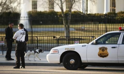 Συναγερμός στις ΗΠΑ: Συνέλαβαν οπλισμένο άνδρα κοντά στον Λευκό Οίκο