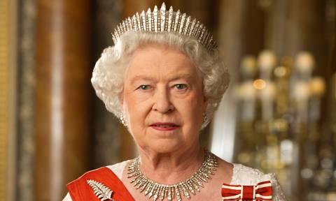 Γιατί η βασίλισσα Ελισάβετ δεν έχει πατήσει ποτέ το πόδι της στην Ελλάδα (Pics)