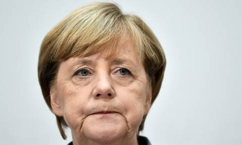 Γερμανικές εκλογές: «Σαν βρεγμένη γάτα» εμφανίστηκε η Μέρκελ (Pics+Vid)