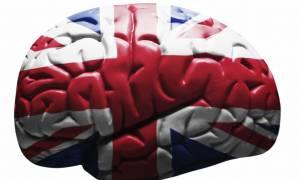 «Αντίο Ελλάδα, arrivederci Italia»: Μαζική φυγή των νέων στη Βρετανία για μια καλύτερη ζωή