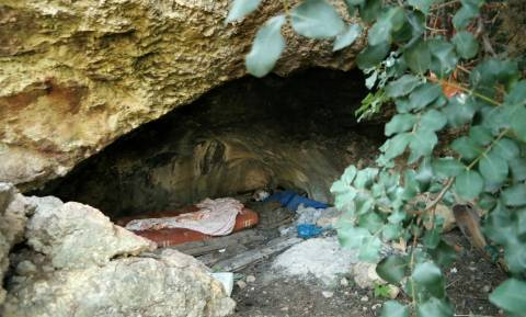 Θρίλερ στο Σούνιο: Βρέθηκαν ανθρώπινα οστά σε βαλίτσα