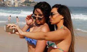 Σας αρέσουν οι selfies φωτογραφίες; Δείτε πώς θα βγάζετε τρισδιάστατες