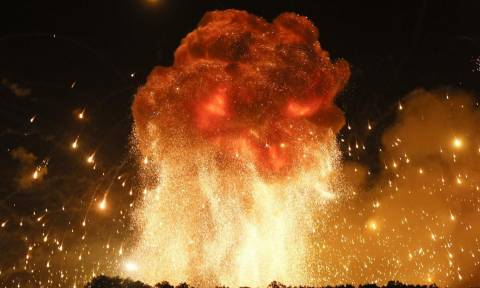 Κόλαση φωτιάς στην Ουκρανία: Ρωσικό drone ανατίναξε αποθήκη με 188.000 τόνους πυρομαχικών (vid)
