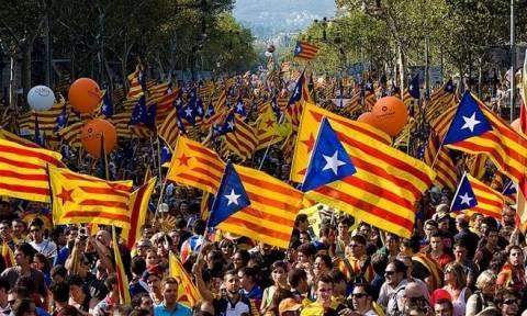 Εξελίξεις στην Καταλονία: Ακρότητες που θυμίζουν εμφύλιο του 1936