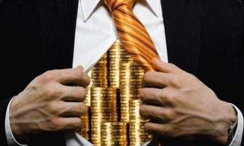 Τι αλλάζει από αύριο για τους καταθέτες τραπεζών παγκοσμίως: Στο στόχαστρο οι φοροφυγάδες