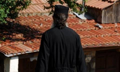 Απίστευτο: Ιερέας ζητά να εξαιρεθεί το παιδί του από τα Θρησκευτικά – Δείτε γιατί