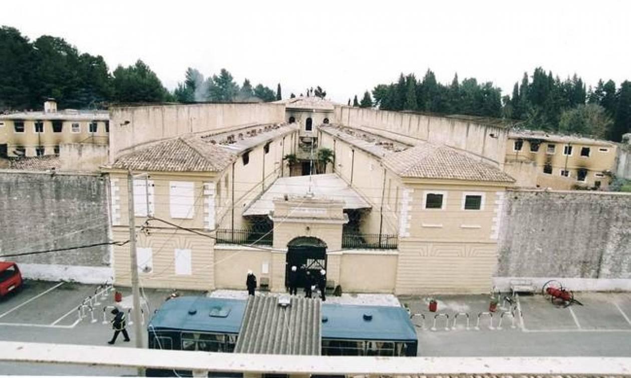 Συναγερμός στην Κέρκυρα: Απέδρασε κρατούμενος από τις φυλακές - Δείτε πώς τον έπιασαν