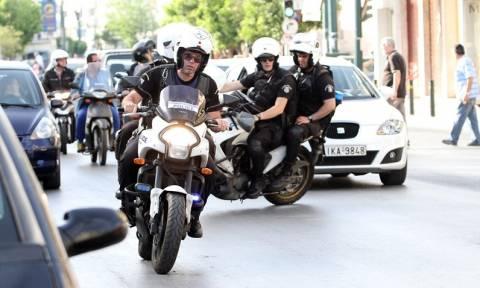 Σκηνές Χόλυγουντ στην Αμαλιάδα: Απίστευτη καταδίωξη αυτοκινήτου από μηχανές της ομάδας ΔΙΑΣ