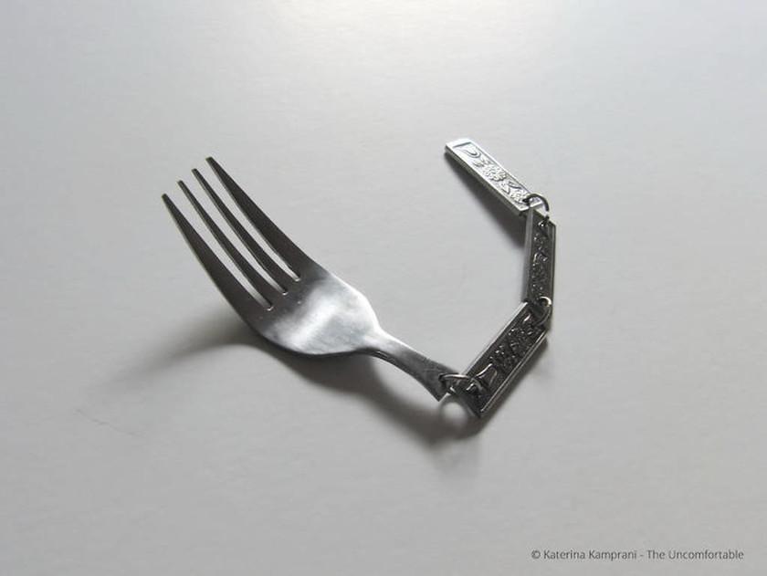 Αυτή η Ελληνίδα «σπάει ταμεία» στο εξωτερικό δημιουργώντας τα πιο «άβολα» αντικείμενα που έχετε δει
