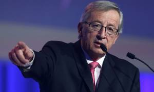 Γιούνκερ: Οι Έλληνες γνωρίζουν ότι ο Σόιμπλε τάχθηκε υπέρ των συμφερόντων τους
