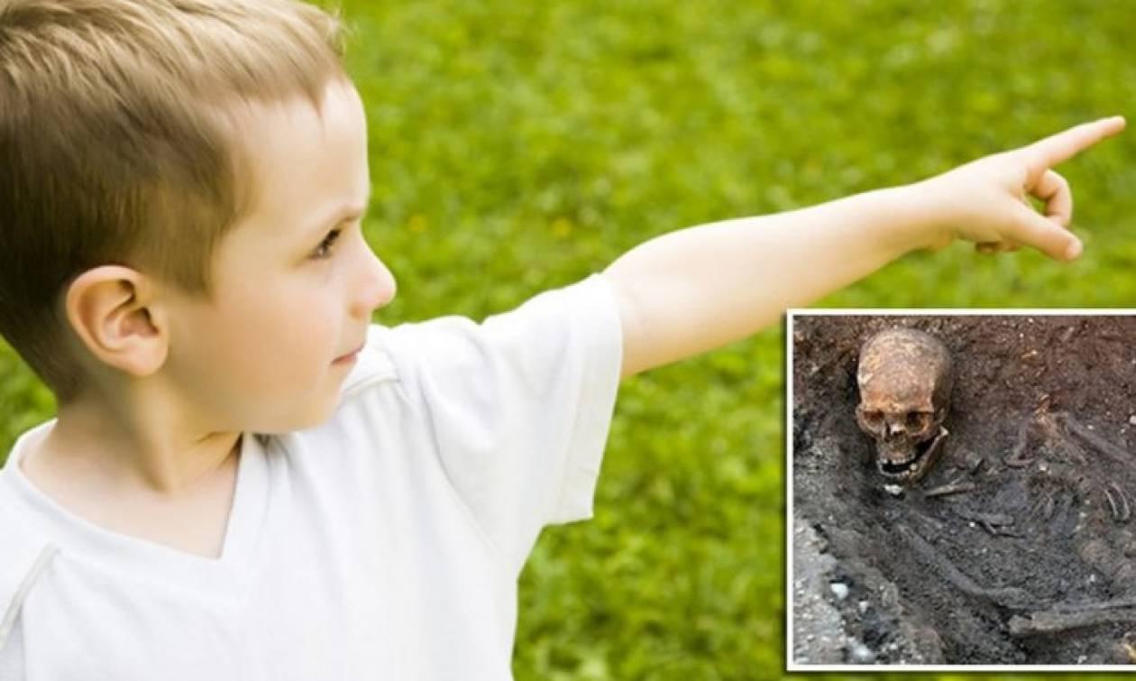 Σοκ: Τρίχρονο αγόρι θυμάται προηγούμενη ζωή, ξεθάβει τη σορό του και υποδεικνύει τον δολοφόνο (Vid)