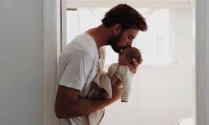 Ο ρόλος του πατέρα στη ζωή των παιδιών: Πότε γίνεται περισσότερο ενεργός;